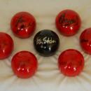 GADŻETY - snookerowa kula z autografem Ronnie O'Sullivana dla firmy db Doradztwo Biznesowe - Nakło
