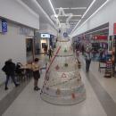 CARREFOUR - butelkowa choinka - Bydgoszcz